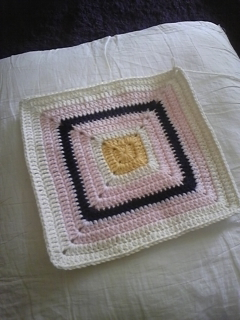 夏も編み物